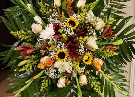 beautiful funeral and sympathy flower arrangements
